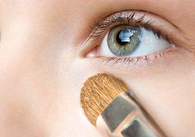 Corrige imperfecciones con tu maquillaje